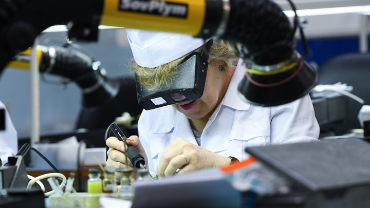 Екатеринбургский завод, который производит аппараты ИВЛ, срочно ищет 250 специалистов