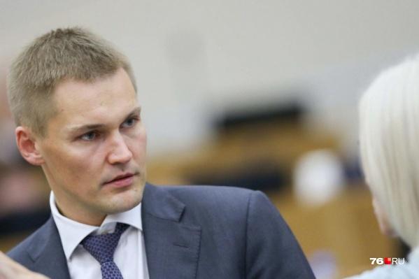 Александр Грибов быстро поднялся по политической лестнице