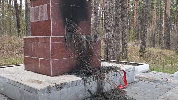 В Прикамье осквернили памятник воинам-железнодорожникам: полиция проводит проверку
