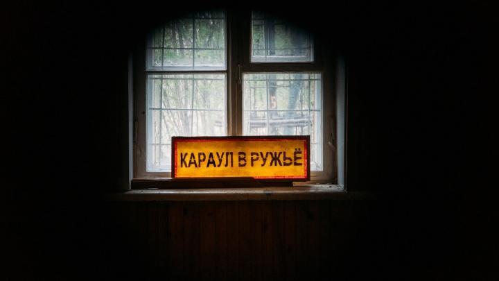 Караул не в ружьё: прогулка по заброшенной военной части в Старом Кировске