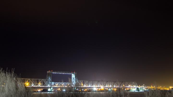 Ночное движение по железнодорожному мосту в Архангельске будет полностью закрыто до 2 мая