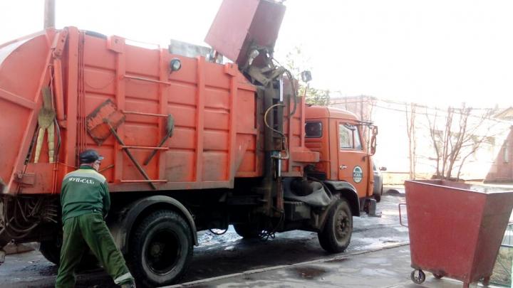 Перевозчики ТКО Архангельской области решили перенести свою забастовку
