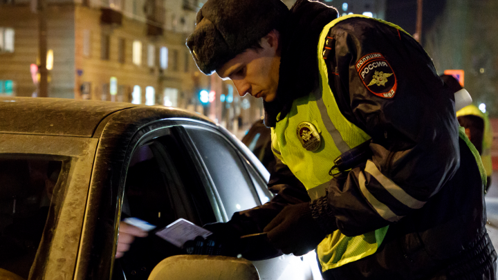 Достал пистолет и выстрелил в ступню: ДТП возле рынка привело к стрельбе в Волгограде
