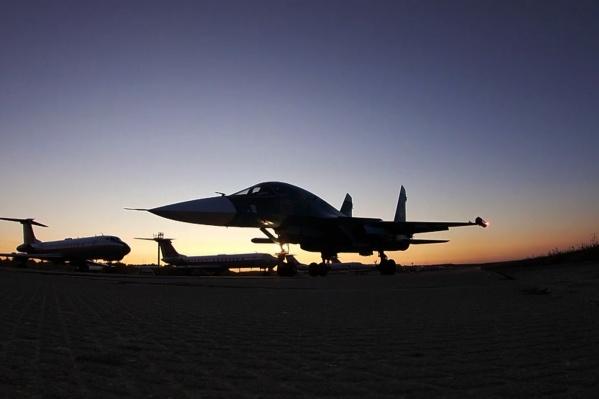 По данным военных, уровень шума от Су-34 вдвое меньше в сравнении с самолётами более ранних модификаций