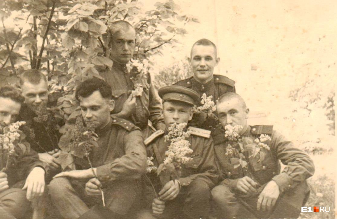 Советские солдаты. Отважные и чувственные