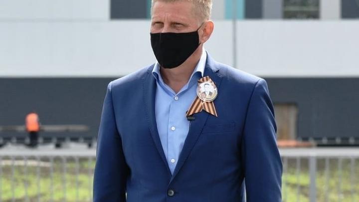 Мэр Белово отчитался о своих доходах. Он заработал на миллион меньше