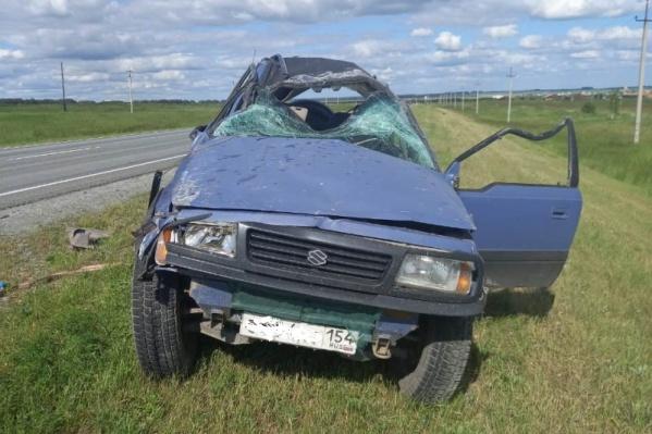 Мужчина за рулём погиб не сразу — его пытались спасти медики