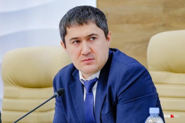 Дмитрий Махонин уже обращался к жителям несколько раз с начала самоизоляции