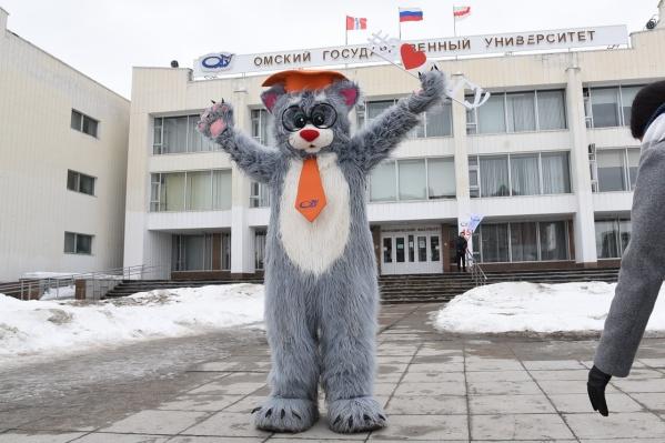 """Обвиняемый Андрей Андриянов «сэкономил» на организации студенческих мероприятий <nobr class=""""_"""">1,9 миллиона</nobr> рублей, считает следствие"""
