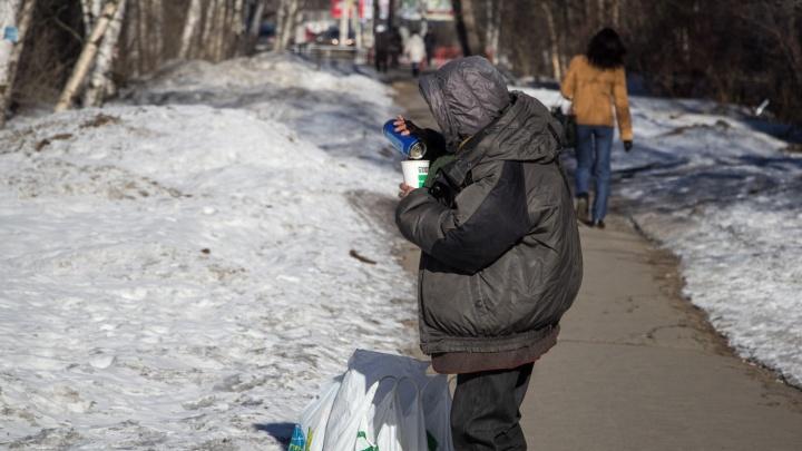 «Открою глаза — зверушки прыгают по окнам»: истории алкоголиков из Архангельска, которые бросили пить