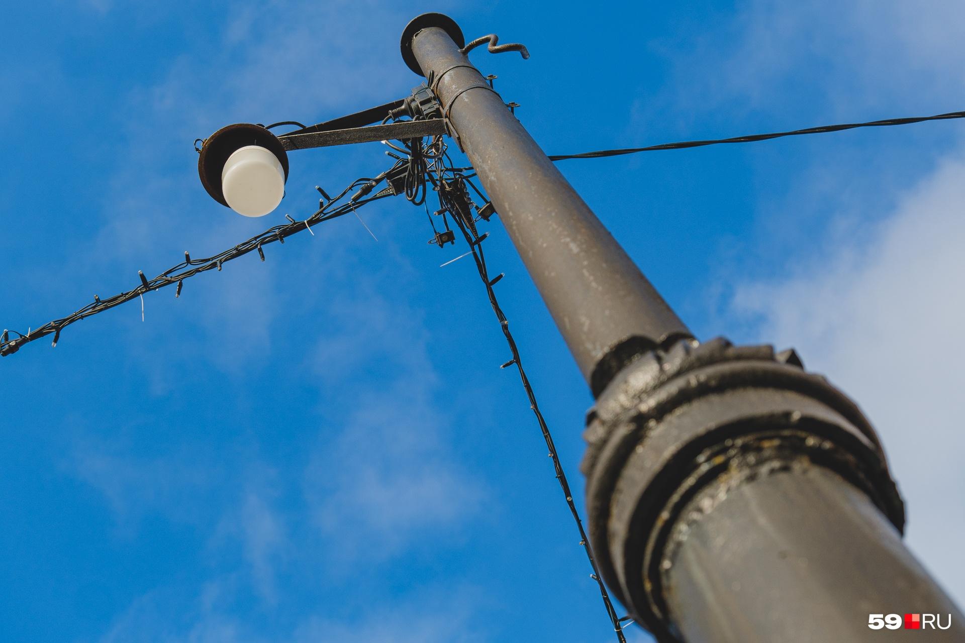 Такие фонари светили жителям Мотовилихи в 1930-е годы