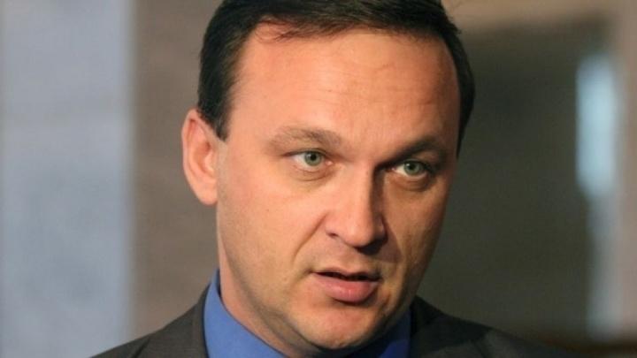 Бурков подал в суд иск об отставке главы Омского района