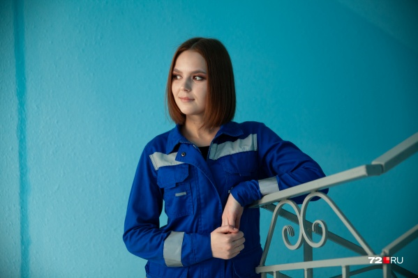 Анастасия Мельниченко работает на скорой недавно, каждую проблему пациентов она пропускает через себя