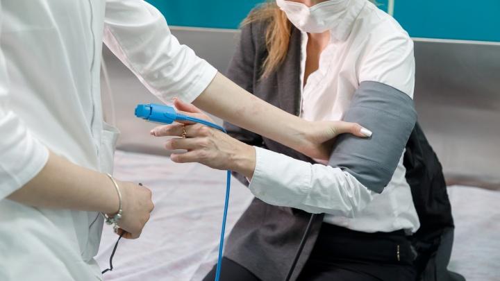 Медики рассказали, как себя чувствуют заболевшие коронавирусом в Волгограде