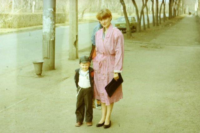 Это фото сделано в 1991 году. Кажется, что яркие цвета актуальны всегда