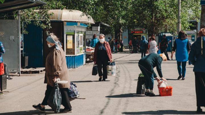Отмена обязательной дезинфекции подъездов и выплаты волонтерам. Хроника COVID-19 в Тюменской области