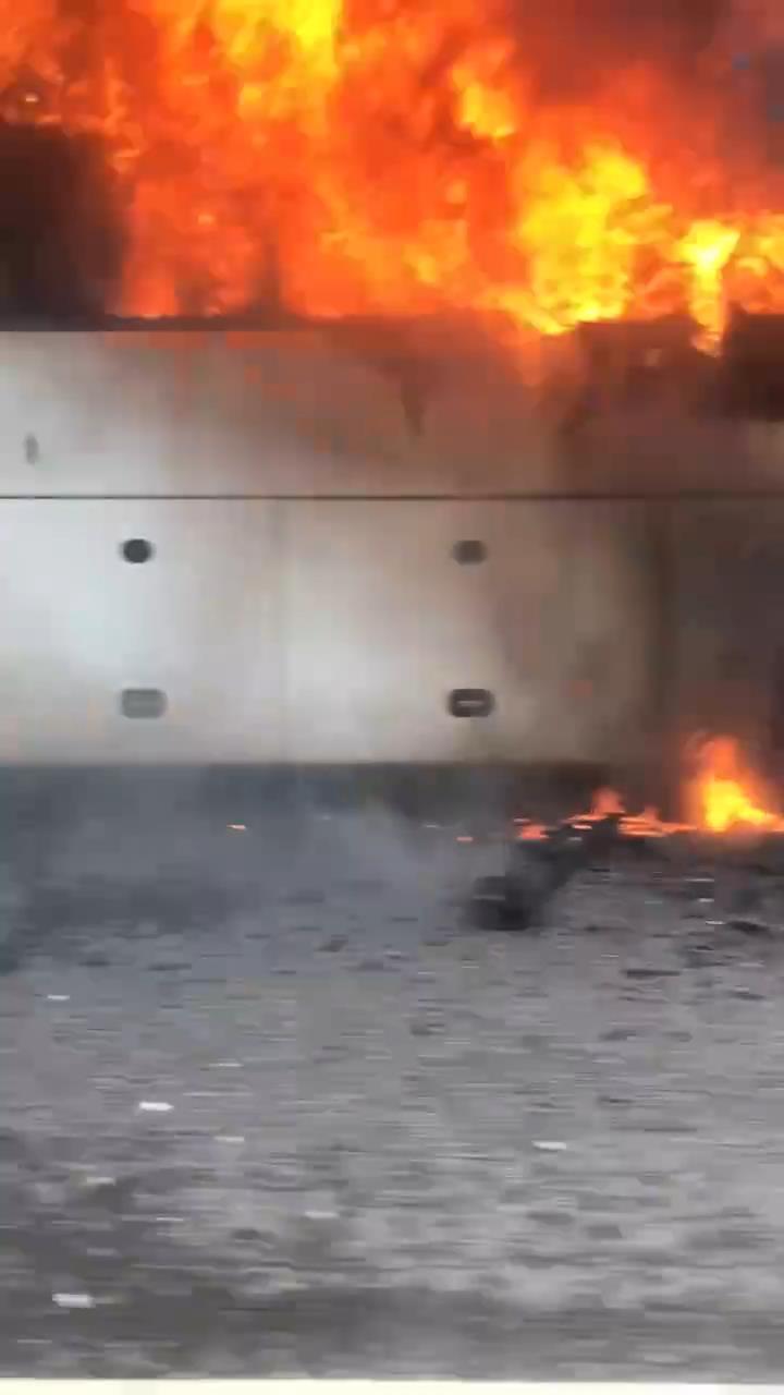 "Скриншот видео из группы&nbsp;<a href=""https://vk.com/wall-68471405_13429468"" target=""_blank"" class=""_"">«ДТП и ЧП | Санкт-Петербург»</a>"