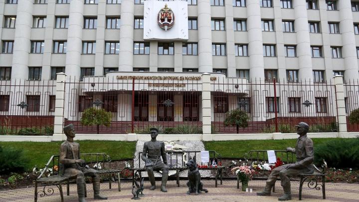 В ночь перед судом полностью зачистили мемориал Ирины Славиной