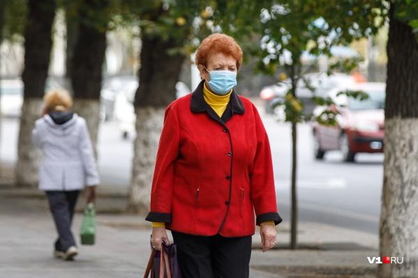 В Волгограде каждый день диагноз «коронавиурс» ставят сотне жителей