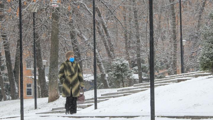 Глава Минздрава Башкирии рассказал, можно ли реже менять медицинские маски зимой