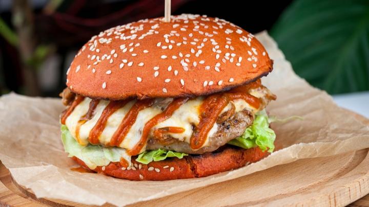 Первый мексбургер: как уральские привычки сделали латиноамериканскую кухню лучше