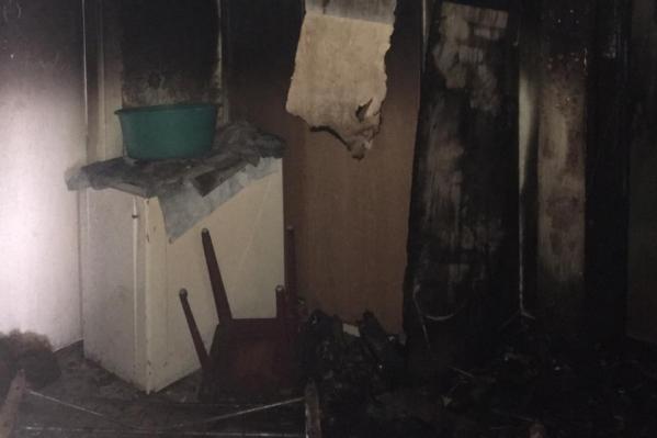 Пожар произошел в пятиэтажном доме