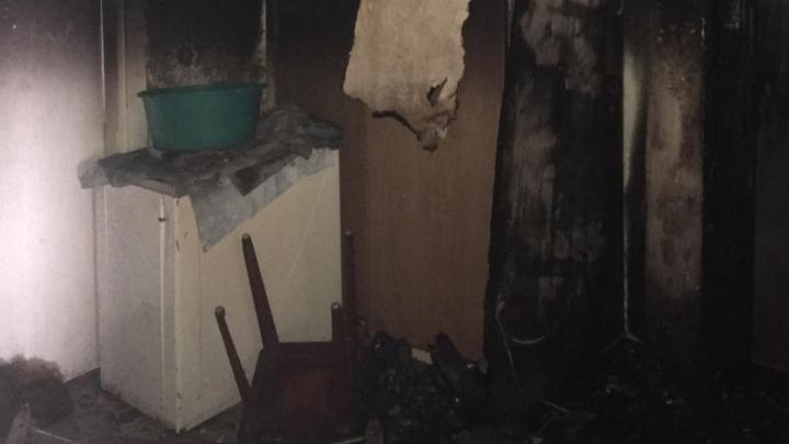 Ночью в Новодвинске из пожара спасли семь человек