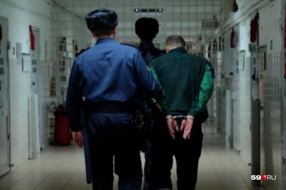 Всего за несколько месяцев в колонии произошел ряд серьезных ЧП: суицид, изнасилование, пытки, медицинская халатность