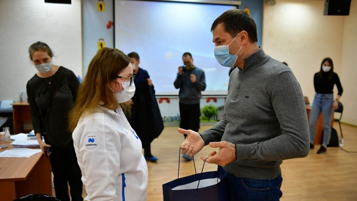 Мэр Ярославля пообещал выделить 10 машин для волонтёров
