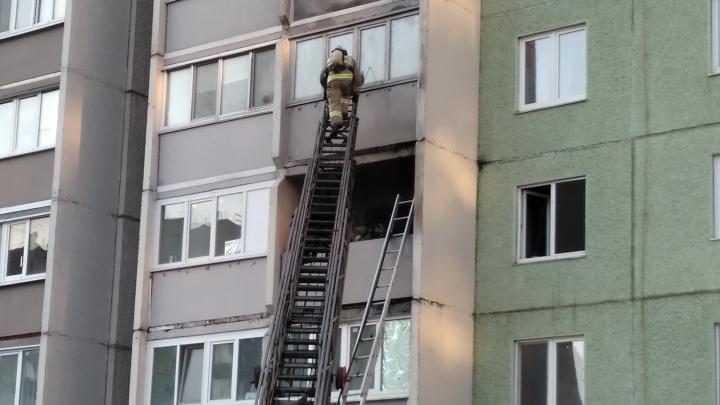 В «Ямальском-1» тюменцы слышали хлопок, после которого загорелась квартира