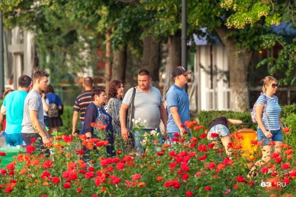 24% участников опроса грызут семечки на улице