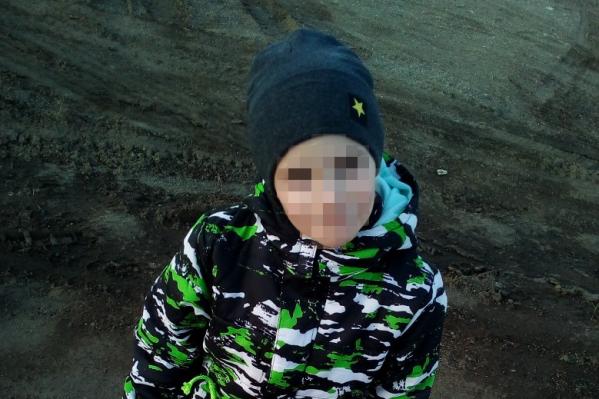 Шестилетний мальчик ушёл из дома вчера утром. Где он был всё это время, выясняет полиция