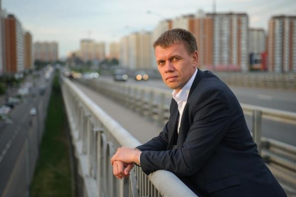Евгений Ступин — уроженец Северодвинска, выпускник Поморского государственного университета и депутат Мосгордумы