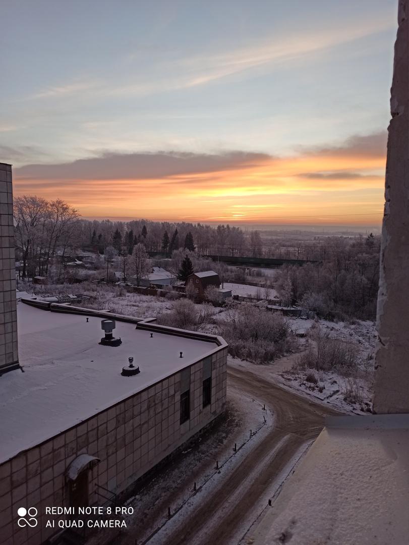 Рассветы и закаты особенно красивы на фоне белого снега