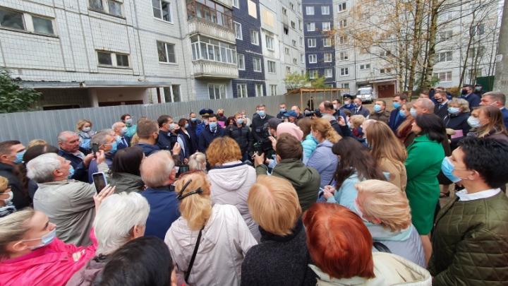 «Демонтируют ванны»: жильцам взорвавшегося дома в Ярославле могут ограничить доступ в квартиры