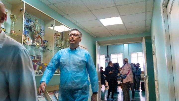 «Семья выбрала тактику максимального привлечения внимания»: врач Навального о травле омских медиков