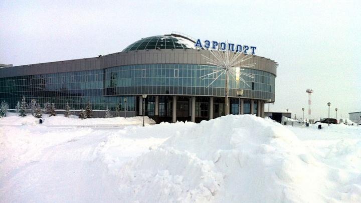 На Ямале два авиарейса задержали на сутки