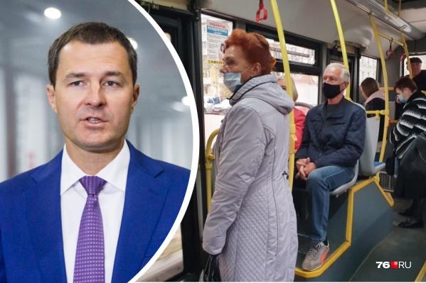 Владимир Волков считает, что в транспорте людей в масках стало больше