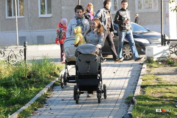 Жителям Компрессорного лучше задуматься о школе для своих детей сейчас, пока они еще маленькие