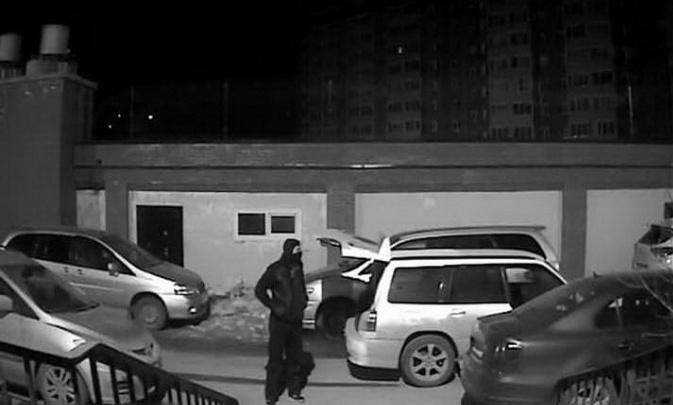 Вынесли два сейфа с миллионами: в Иркутске попались подозреваемые в новосибирских кражах