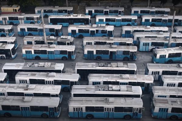 Чиновники предложили волгоградцам проголосовать за уничтожение троллейбусов