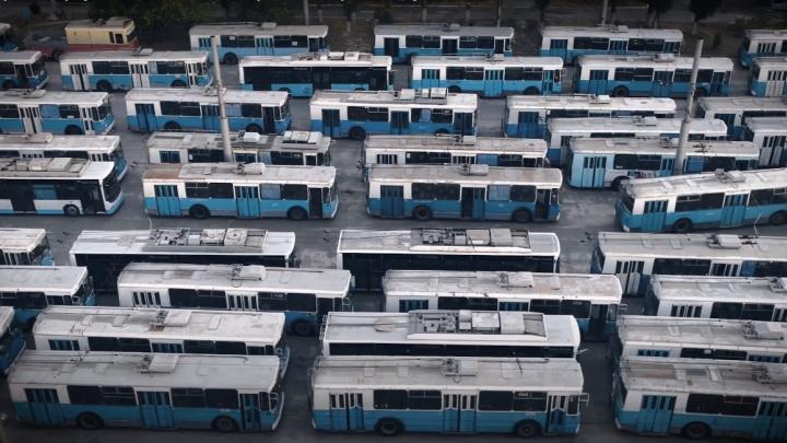 «Кто-то с этого имеет деньги»: волгоградцам предложили избавиться от троллейбусов