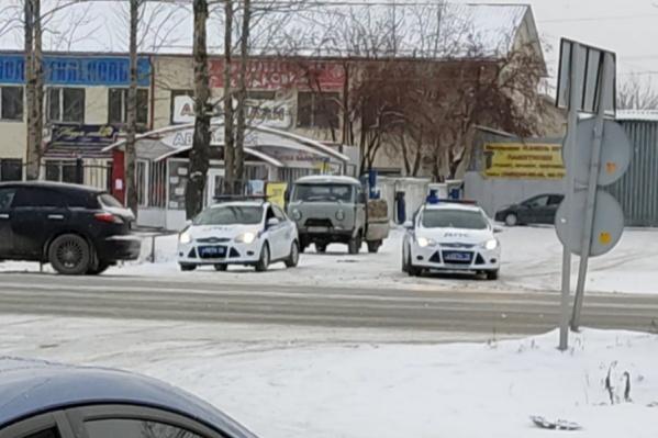 Автомобилисты в это воскресенье заметили инспекторов в районе ММС и написали об этом в соцсетях
