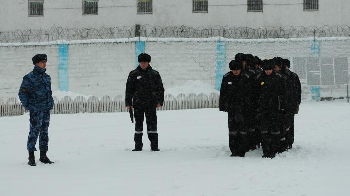 «Все симптомы COVID»: осужденные свердловской колонии, где сидит Лошагин, пожаловались на массовое заболевание