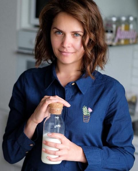 Ресторатор Ирина Подпятникова по своему заведению заметила, челябинцы стали экономить на еде и напитках