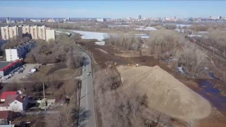 Огромная насыпь и техника: самарец снял видео о строительстве второй очереди Фрунзенского моста