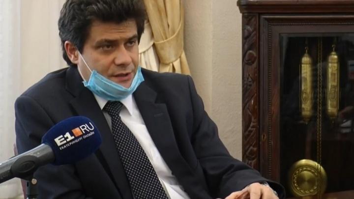 «Не делать салют мы не можем»: интервью с мэром о Дне Победы, погибших от коронавируса и конце карантина