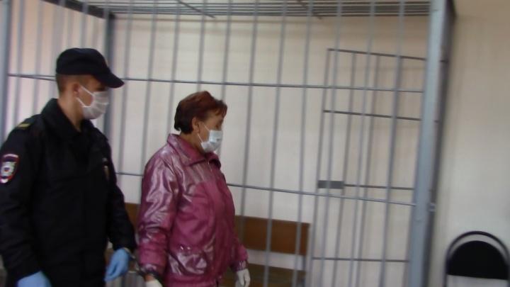 Задушила и позвонила в полицию: в Волгоградской области сиделка убила свою подопечную