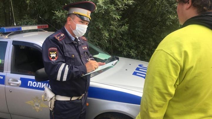 Дала порулить: в Сысерти гаишники задержали подростка, который управлял автомобилем вместе с мамой