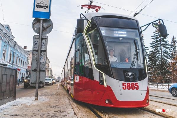 В прошлом году в Перми появилось 9 новых трамваев, к ним добавятся еще 15
